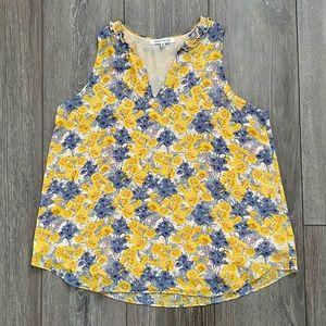 Floral sleeveless swing top sz M